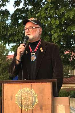 Mike Reagan honoring James Moreland