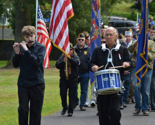 Memorial Day at Edmonds Memorial Cemetery